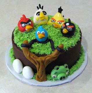 Angry Birds Scene Cake