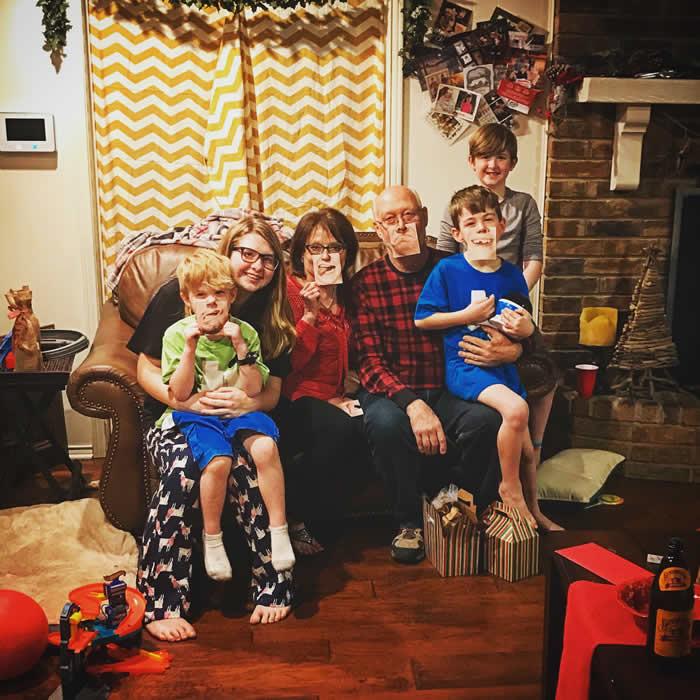 grandparent photos on Christmas day