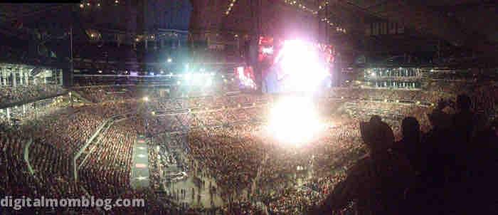 largest indoor concert ever