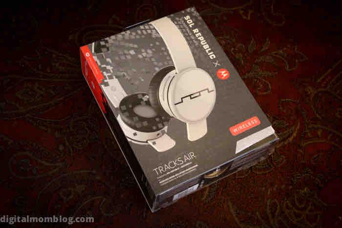 sol republic air tracks headphones