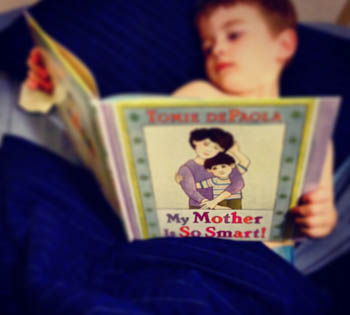 Books in the bedroom, not screens!