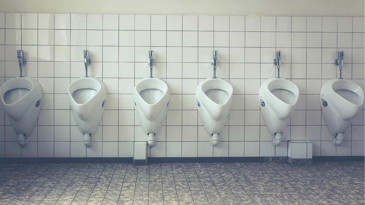 clean bathroom apps