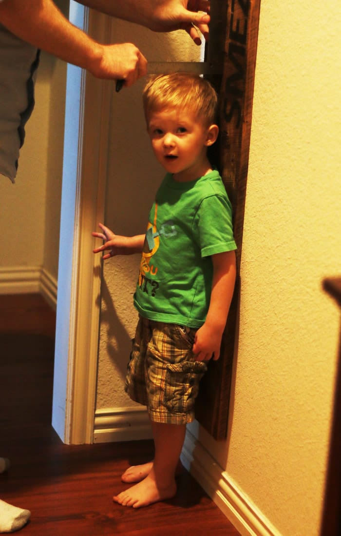 birthday photo - measuring growth chart