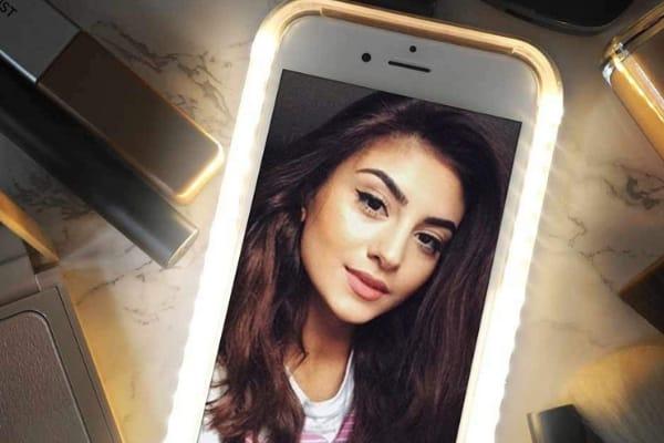 selfie light phone case lights up iphone take seflies