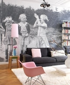 Photo Wallpaper - gallery wall idea
