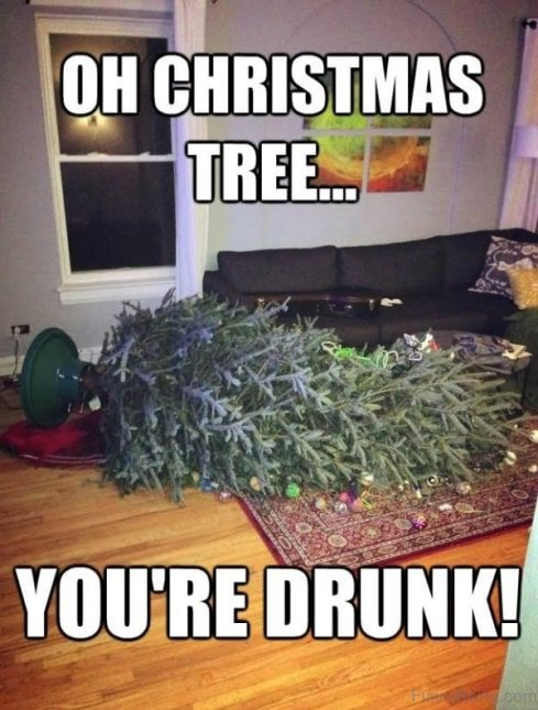 christmas tree meme - drunk christmas tree fell over