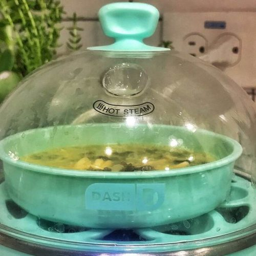 Dash Egg Cooker Review – Easiest Way for Kids to Cook Eggs