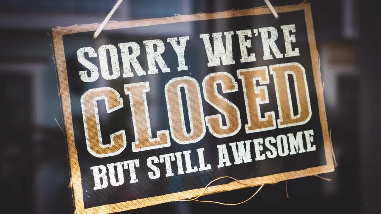 School Closing Memes - 15 Funny School Closure Reactions